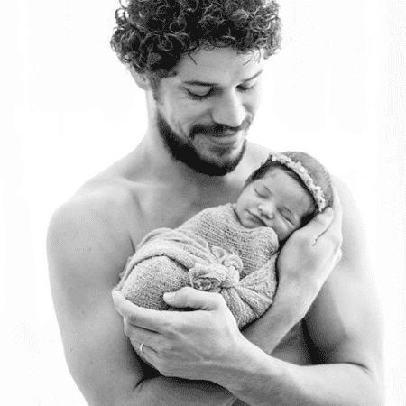 José Loreto e filha - Reprodução/Instagram/@joseloreto
