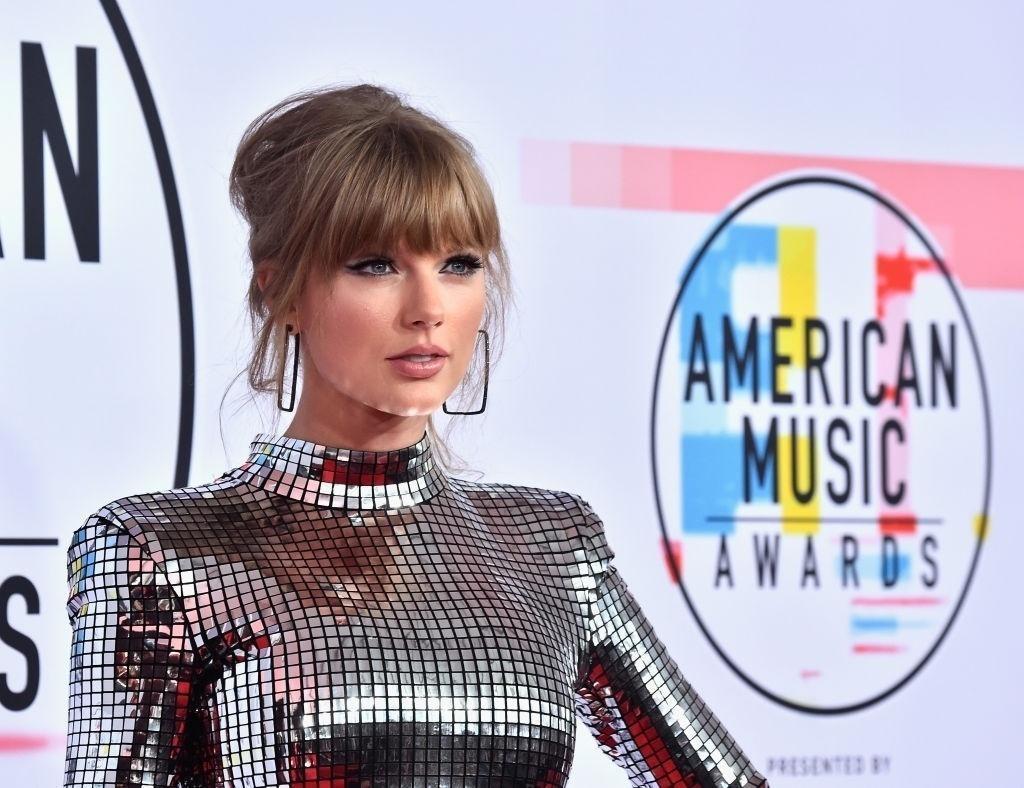 1dc8d6617254b American Music Awards 2018  veja os melhores looks da premiação de música
