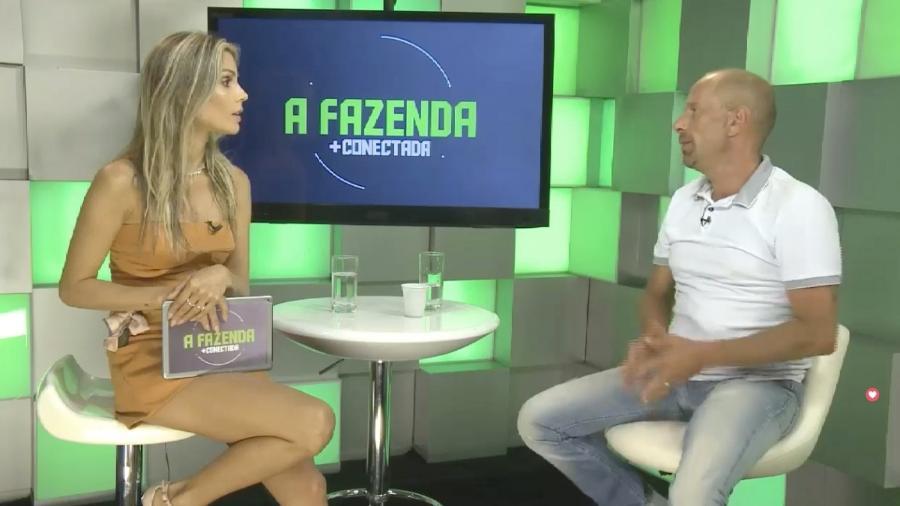 Flávia Viana entrevista Rafael Ilha nas redes sociais - Reprodução/Facebook