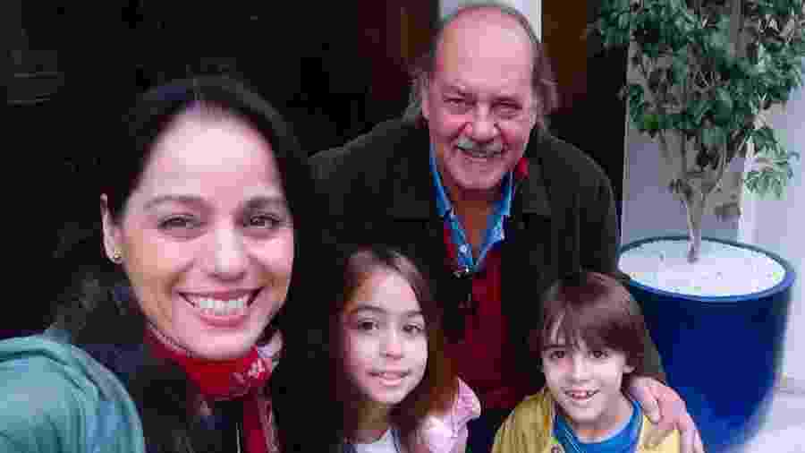 Claudia Mauro e Paulo Cesar Grande com os filhos - Reprodução/Instagram