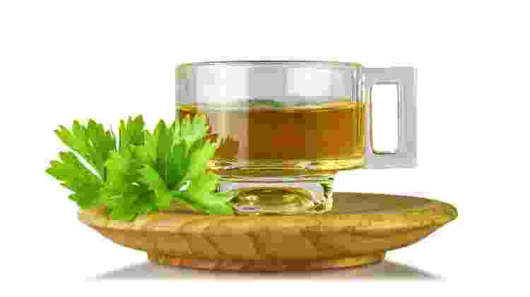 Chá de salsa - iStock - iStock