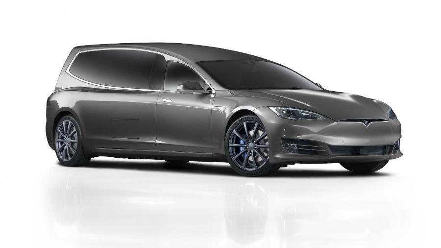 Tesla Model S se torna carro funerário Binz.E - Divulgação