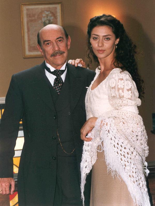 Francesco (Raul Cortez) e Paola (Maria Fernanda Cândido) também estiveram na trama