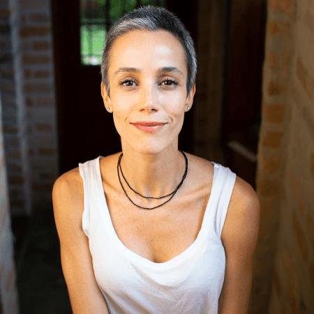 Carla Tenorio - clone / Instagram - clone / Instagram
