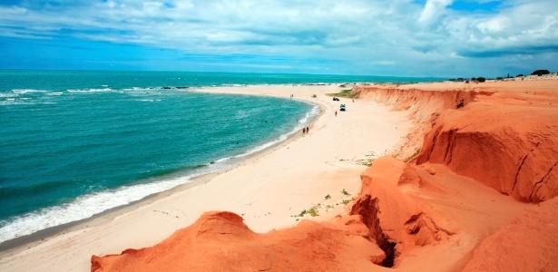 Praia de Canoa Quebrada (CE), uma das orlas mais belas do Nordeste  - Getty Images