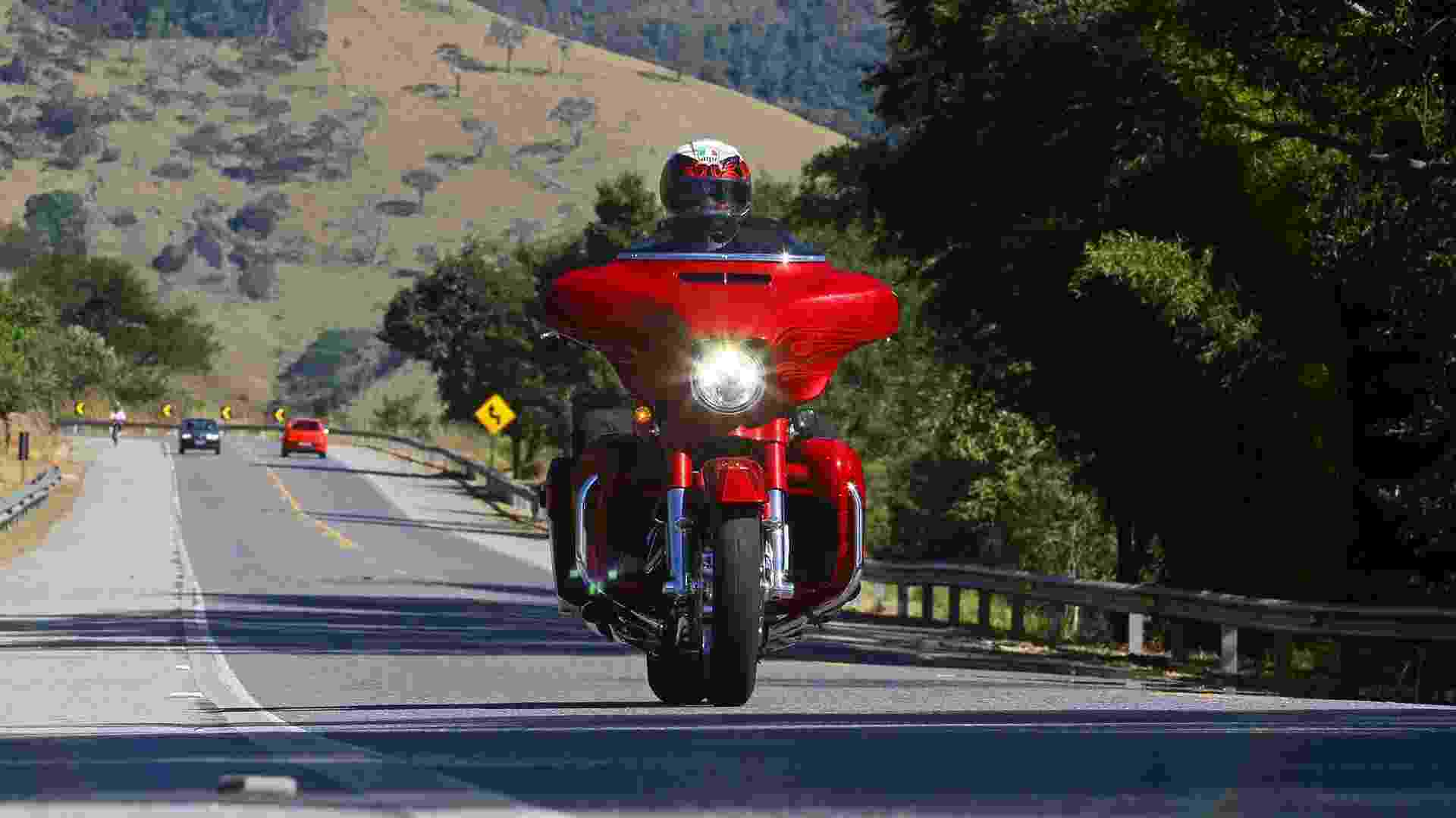 Harley-Davidson CVO Street Glide 2016 - Mario Villaescusa/Infomoto