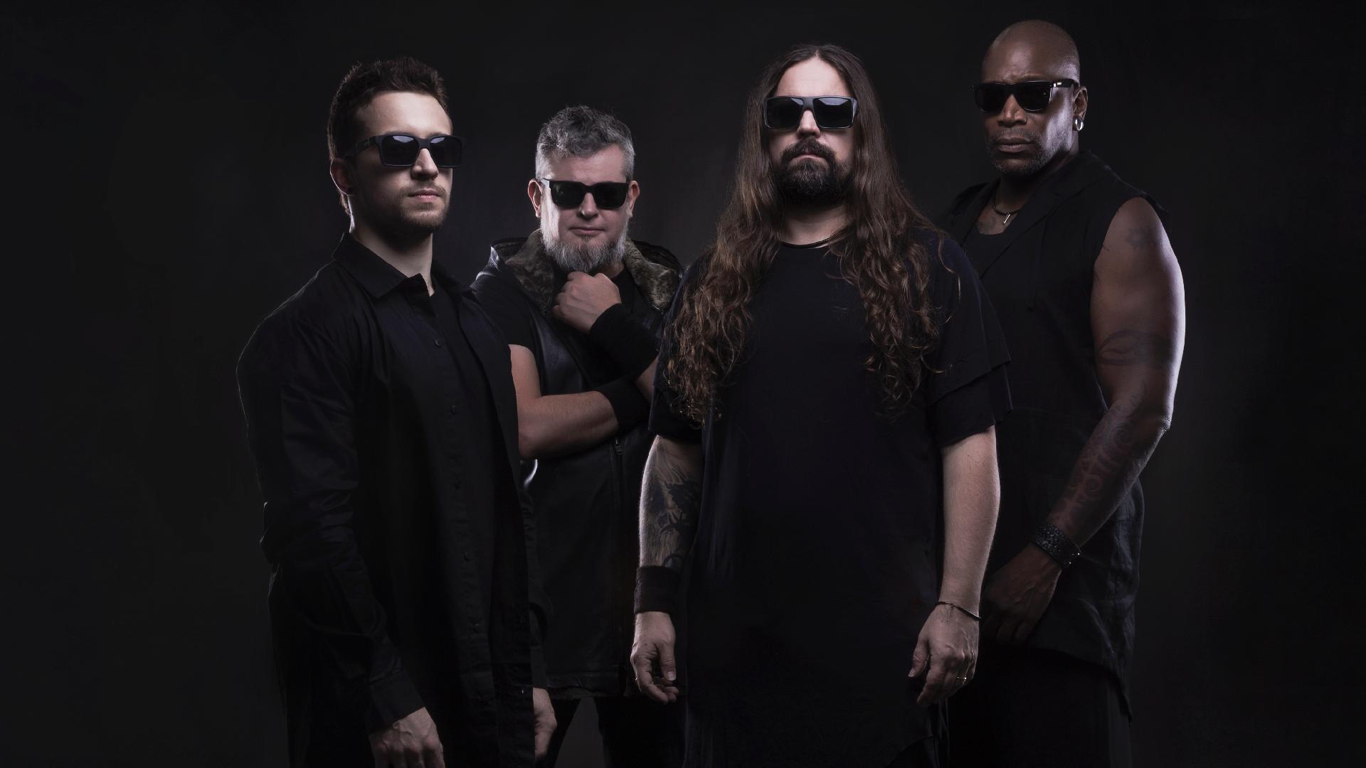Sepultura é formado por Eloy Casagrande (bateria), Paulo Jr. (baixo), Andreas Kisser (guitarra) e Derrick Green (vocal)