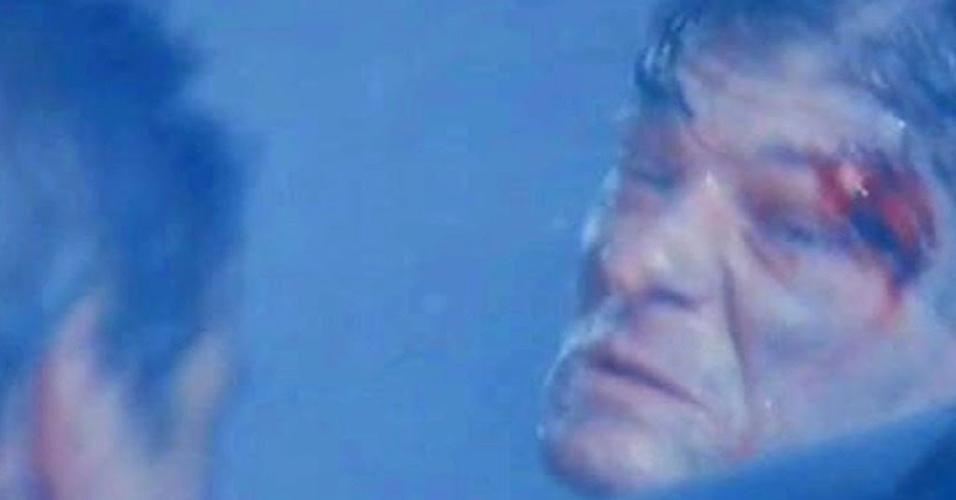 """Sean Bean em cena de """"Jogos patrióticos"""" (1992)"""