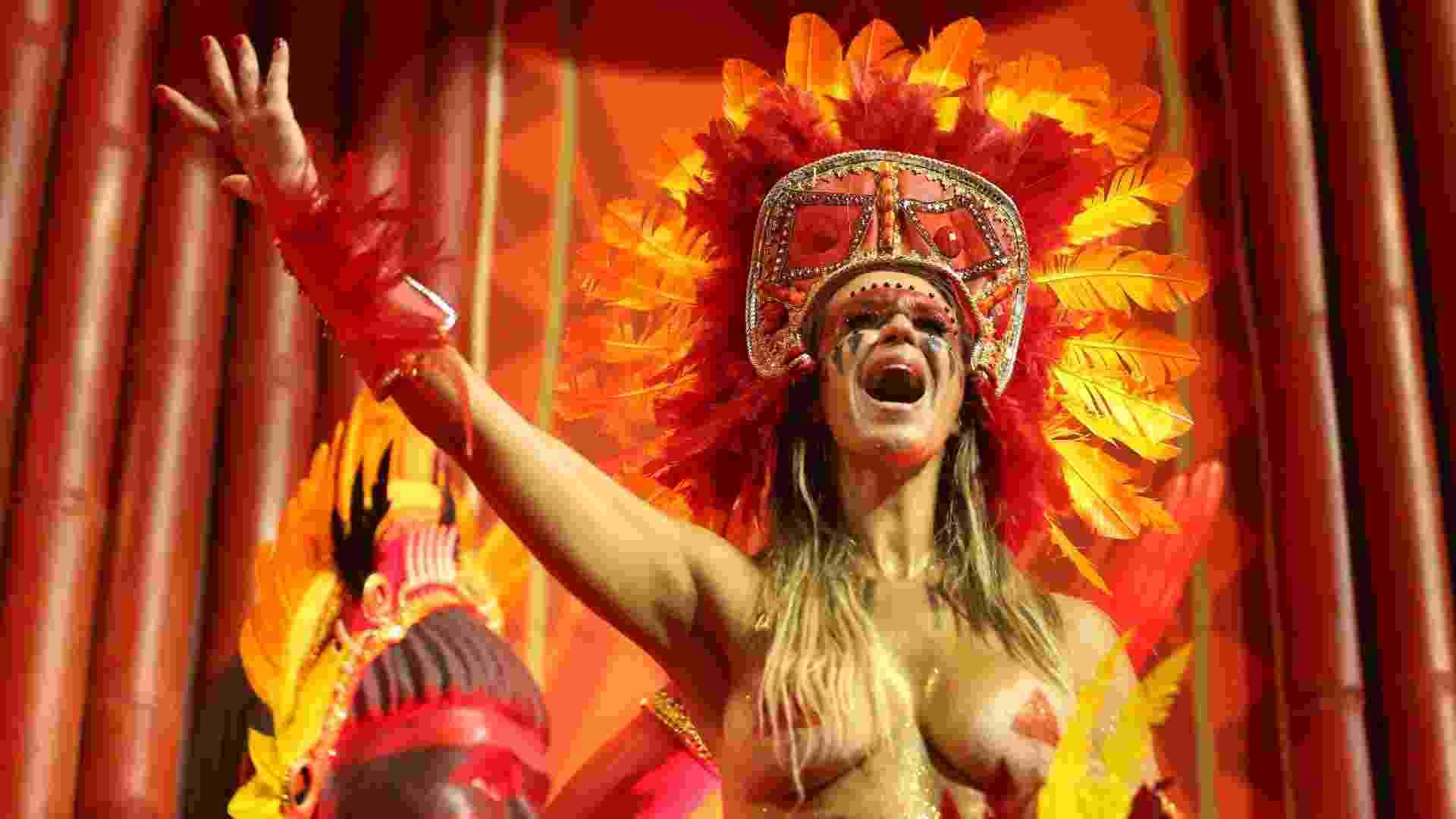 Desfile da Gaviões da Fiel no Carnaval 2018 - Ricardo Matsukawa/UOL