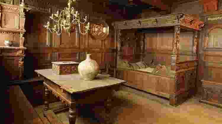 O dramaturgo inglês William Shakespeare deixou sua 'segunda melhor cama' para sua esposa, após sua morte - Getty Images - Getty Images