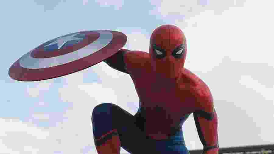 Tom Holland em cena de Capitão América: Guerra Civil (2016), primeiro filme de Homem-Aranha no MCU - Divulgação
