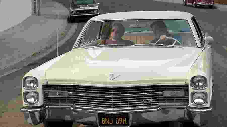 Cadillac DeVille é o carro usado pelos personagens de DiCaprio e Pitt no mais recente longa-metragem de Tarantino - Reprodução