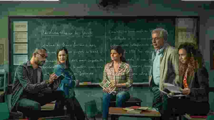 Silvio Guindane, Hermila Guedes, Débora Bloch, Paulo Gorgulho e Thalita Carauta na série Segunda Chamada - Mauricio Fidalgo/Globo