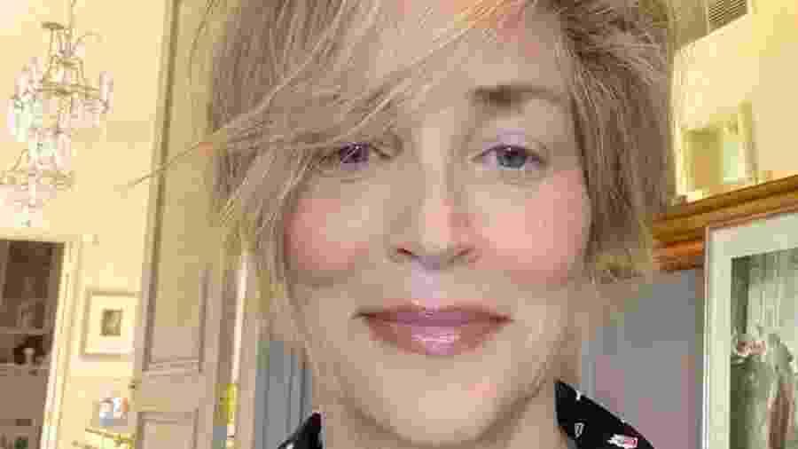 Sharon Stone supreende com selfie aos 62 anos - Reprodução/Intagram