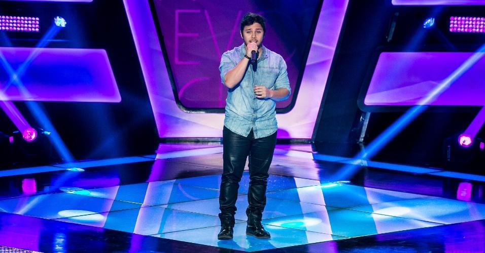O cantor Renato Vianna participa da terceira noite de audições do