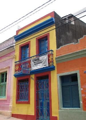 20.jan.2016 - Na Rua Prudente de Moraes, outro ponto bastante concorrido no Carnaval de Olinda, a oferta de casas inflou, em igual período, se comparado a 2015