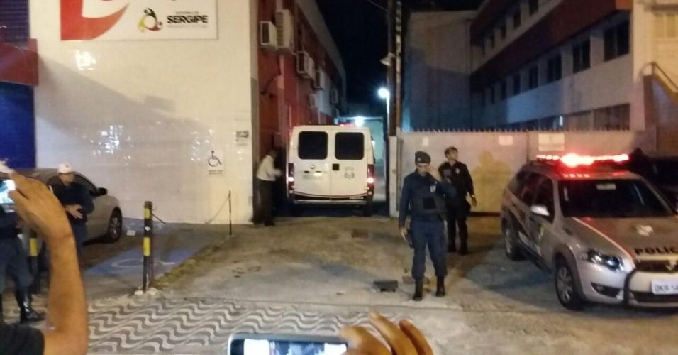Corpo do ator Domingos Montagner chega ao IML de Aracaju