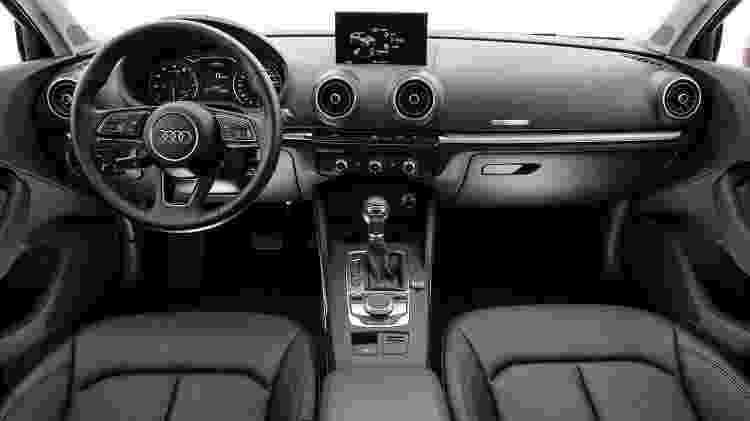 Audi A3 Sedan 1.4 reestilizado interior - Divulgação - Divulgação