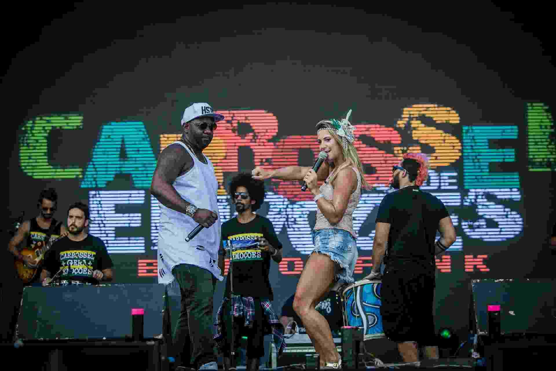 Com sua mistura de funk e samba, Carrosel de Emoções abre o mainstage no segundo dia do CarnaUOL - Bruno Santos/UOL