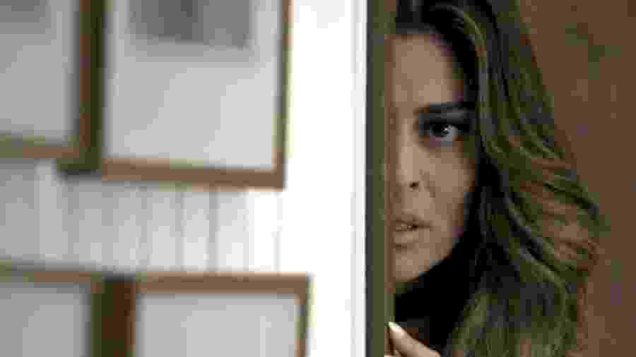 """Em """"A Força do Querer"""", Bibi fica atordoada ao ver Jeiza e Caio juntos - Reprodução/Gshow"""