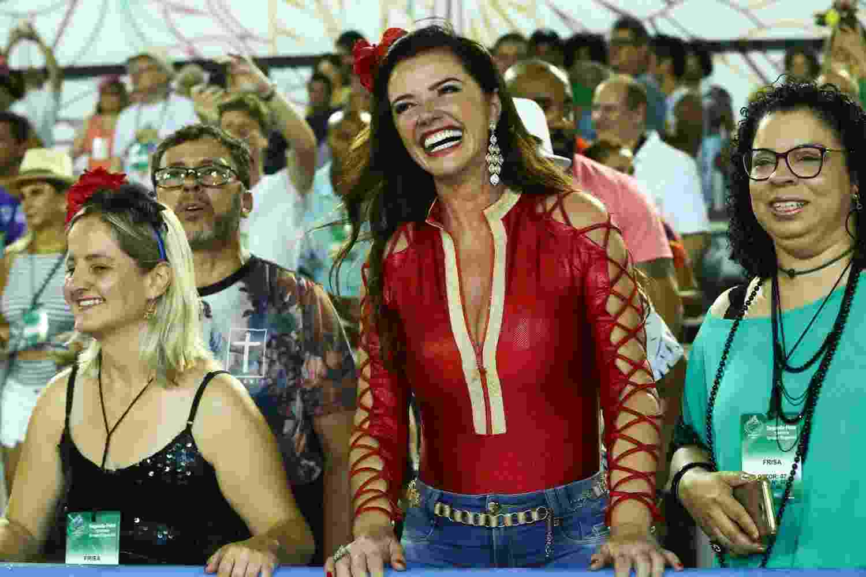 Luma de Oliveira preferiu ficar em uma frisa a prestigiar os espaços de camarote - Roberto Filho/Brazil News