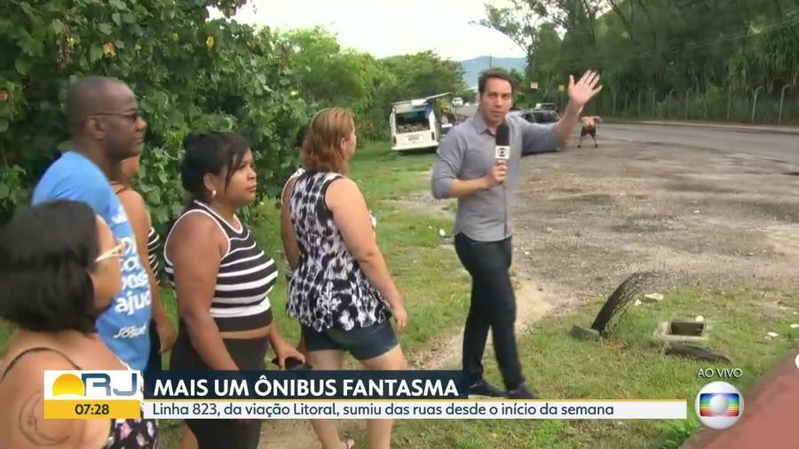 """Homem abaixa as calças e mostra bumbum ao vivo no telejornal """"Bom Dia Rio"""", da Globo - Reprodução/TV Globo"""