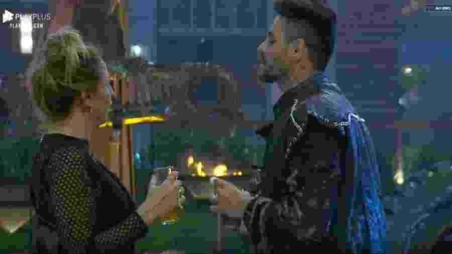 Bifão conversa com Diego após briga com Tati Dias - Reprodução/PlayPlus