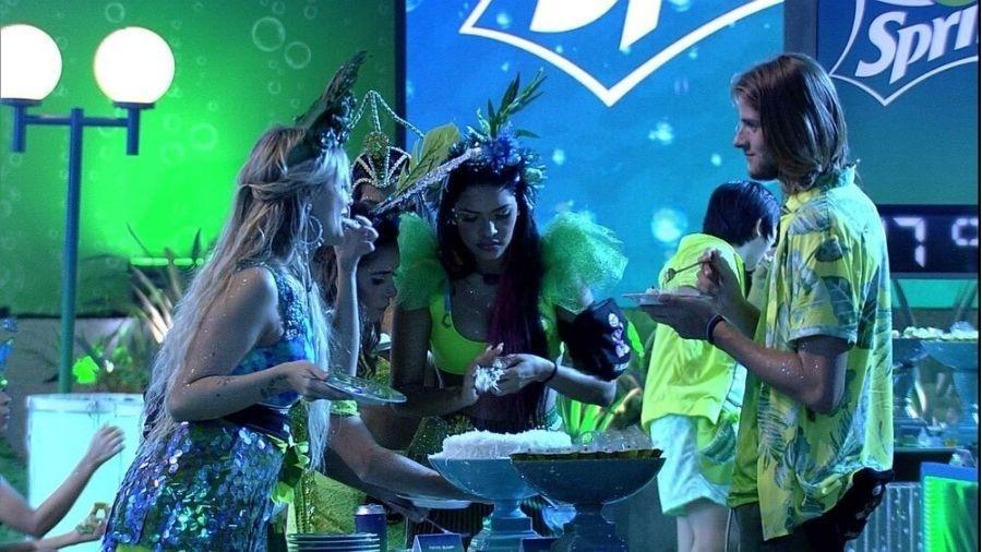 BBB 20: Marcela e Daniel na festa de carnaval - Reprodução/Globoplay