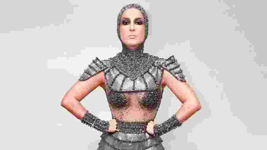 """Claudia Leitte se fantasiou de Joana d""""Arc no Carnaval - Reprodução/Twitter"""