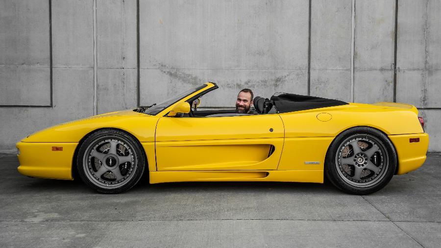 Ferrari 355 de Anderson Dick da Fueltech - Acervo Pessoal