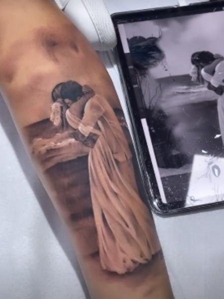 Viúva de MC Kevin faz tatuagem em homenagem ao cantor - Reprodução/Instagram