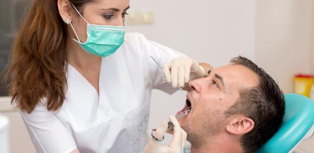 A fita é efetiva em microcirurgias, extração de dentes de leite em crianças e raspagem e curetagem dental em adultos
