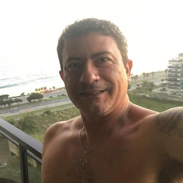Tom Veiga era o manipulador do papagaio Louro José