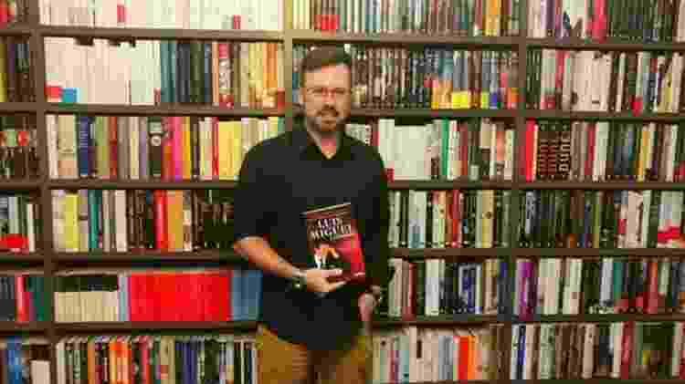 Série foi inspirada em livro do jornalista espanhol Javier León Herrera - Divulgação - Divulgação