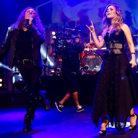 """Sandy participa da gravação do DVD da banda Angra, em São Paulo. A parceria acontece na música """"Black Widow""""s Web"""", do álbum """"ØMNI"""" - Manuela Scarpa/Brazil News"""