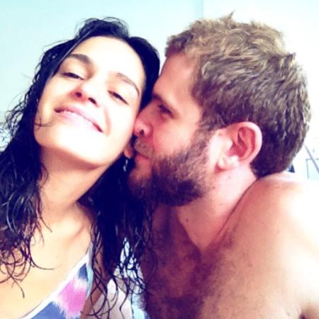 Maria Flor e o namorado, o ator Emanuel Araújo - Reprodução/Instagram