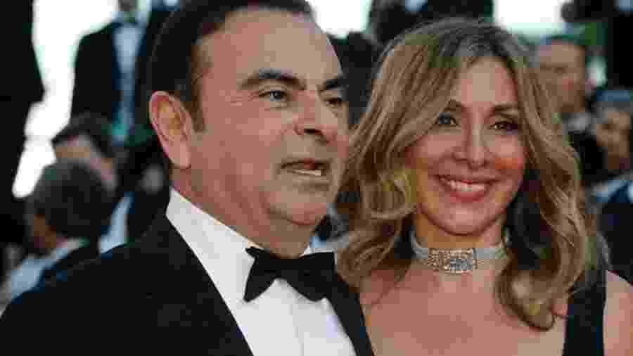 Carlos Ghosn ao lado da esposa Carole - Reuters
