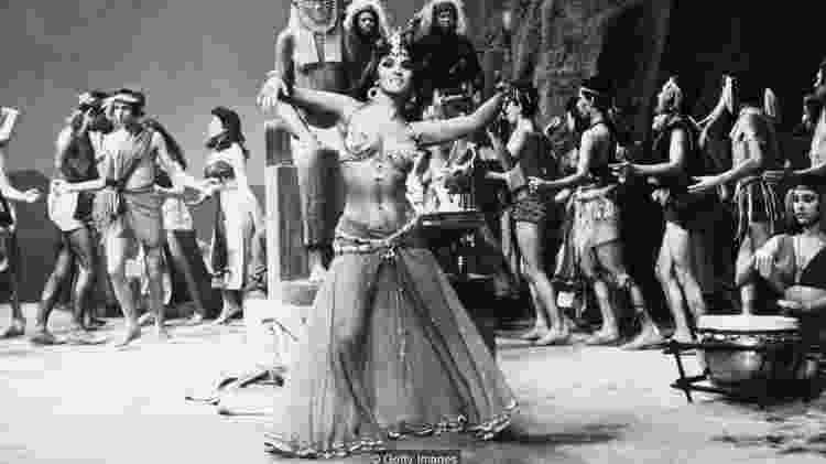 A atriz italiana Gina Lollobrigida interpretou a rainha de Sheba no filme de 1959 sobre Salomão e Sheba - Getty Images - Getty Images