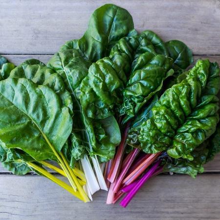 A vitamina K pode ser encontrada principalmente em vegetais de folhas verde-escuras - iStock