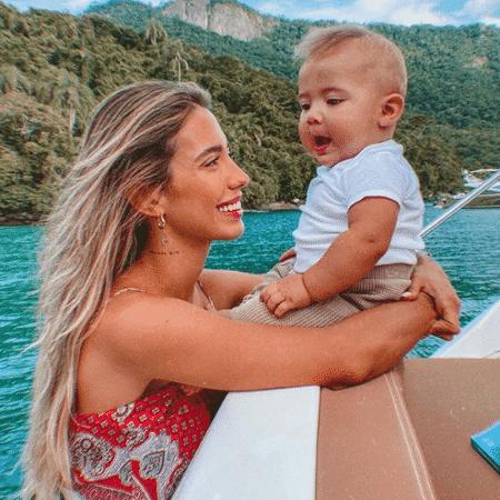 Gabi Brandt e o filho Davi, de 1 ano  - Reprodução/Instagram/@gabibrandt
