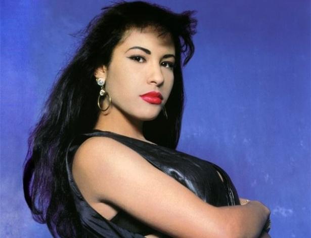 A cantora Selena Quintanilla em morta aos 23 anos em 1995 - Reprodução/Facebook/SelenaQuintanilla