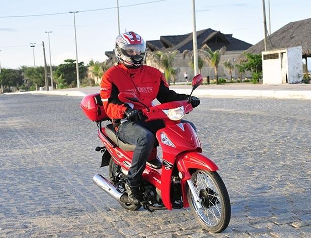 Ciclomotores são definidos por ter motor de até 50 cc e não superar os 50 km/h - Infomoto