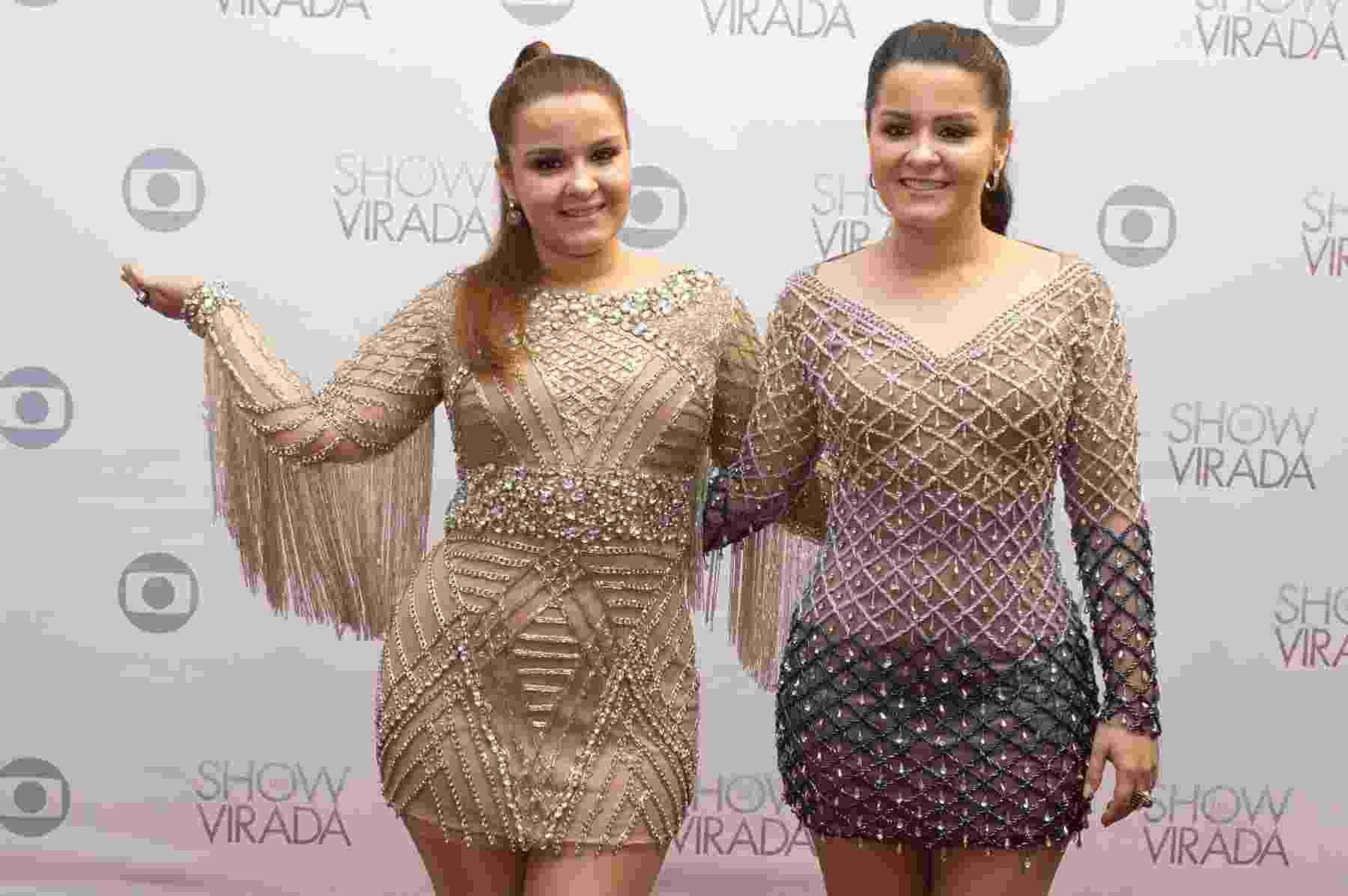"""1.nov.2016 - As irmãs Maiara e Maraisa, conhecidas pelo hit """"10%"""", participam da gravação do """"Show da Virada"""", em Goiânia - AgNews"""