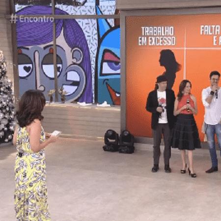 """Fátima se """"esquiva"""" de enquete em programa - Reprodução/TV Globo"""