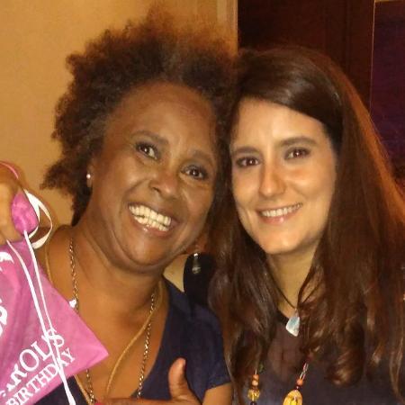 Sandra de Sá e a esposa, Simone Floresta - Marcela Ribeiro/UOL