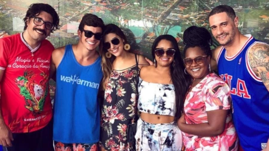 """Ilmar, Manoel, Vivian, Elis, Roberta e Daniel, todos do """"BBB 17"""", se encontram em Manaus - Reprodução/Instagram/amorimvivian"""