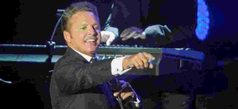 Cantor mexicano Luis Miguel é conhecido por suas baladas românticas - Divulgação