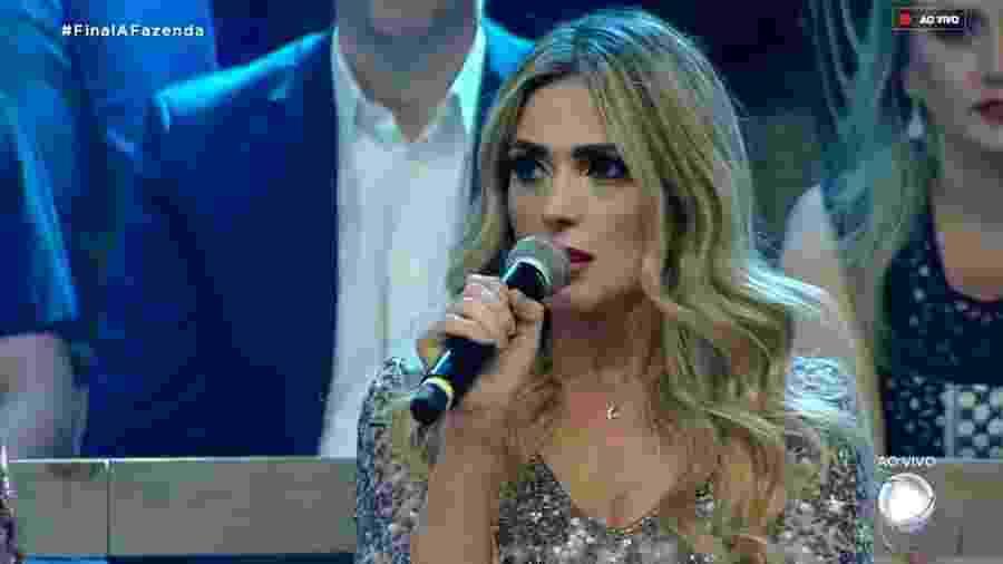 Nadja Pessoa ataca Caique Aguiar durante programa ao vivo - Reprodução/RecordTV