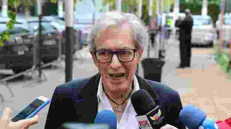José Simão comparece ao velório de Ricardo Boechat - Deividi Correa / AgNews - Deividi Correa / AgNews