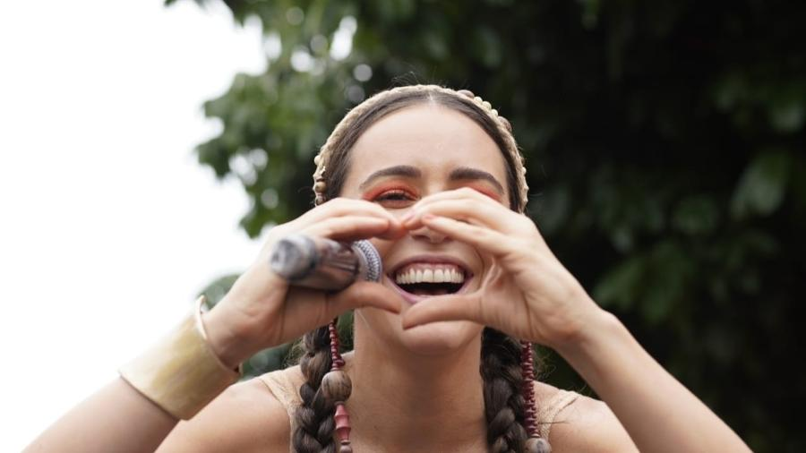 Roberta Sá agita foliões na Lapa, no centro do Rio de Janeiro - Ricardo Borges/UOL